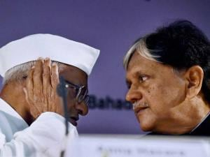 Social activist Anna Hazare during release of former Prime Minister Lal Bahadur Shastri's biography 02