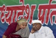 Anna Hazare with Narmada Bachao movement activist Medha Patekar
