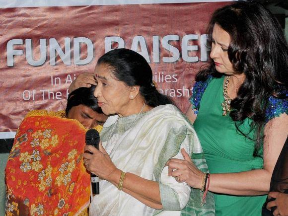 Poonam Dhillon, Asha Bhosle, Vidharbha, NGO, Maddad, Mumbai