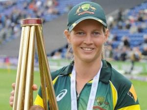 Australia captain Meg Lanning with the trophy
