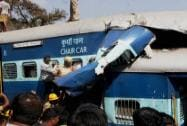 Rescue work in progress after Bangalore -Ernakulam train derailed near  Bengaluru