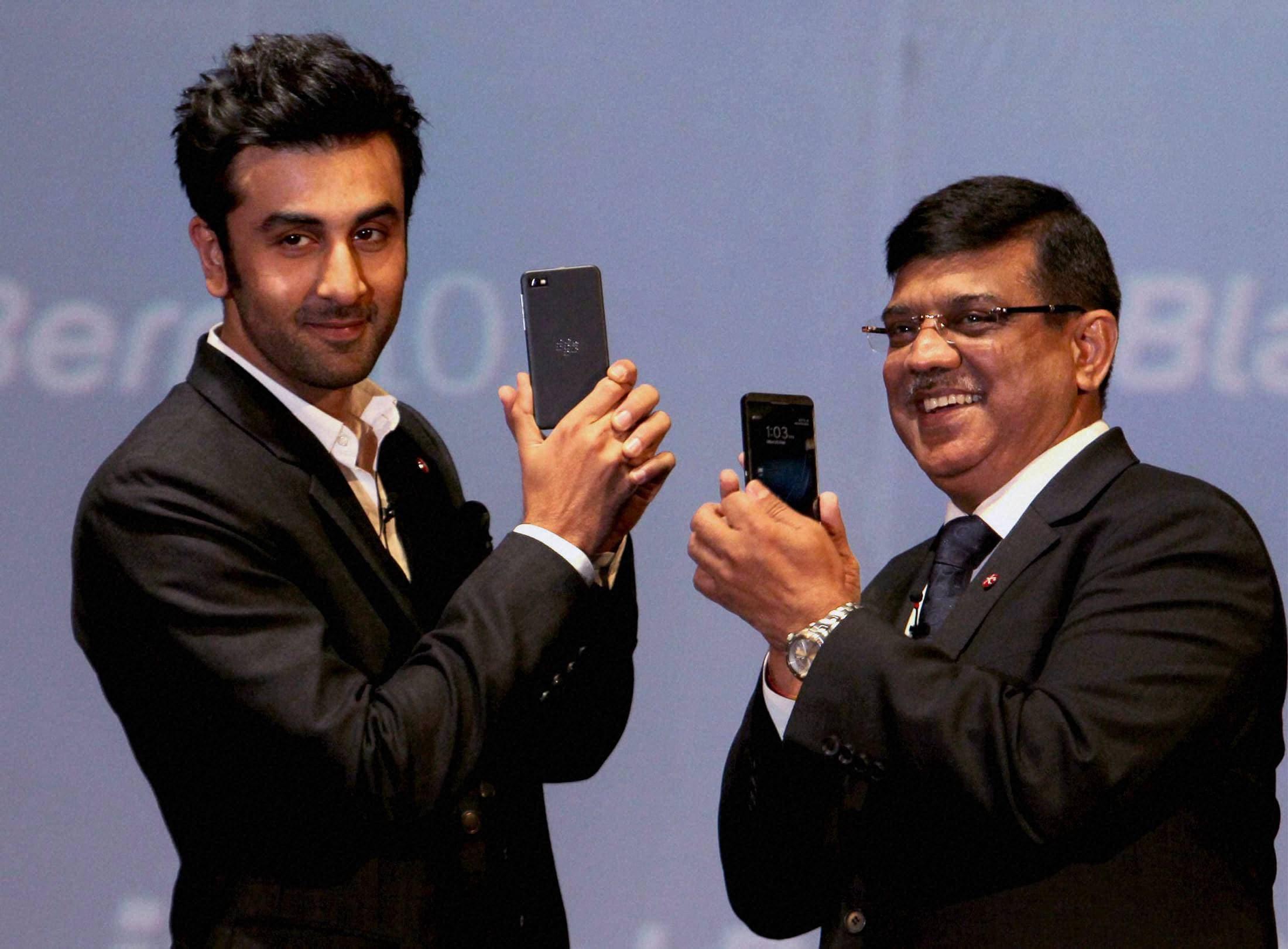 Blackberry Z10, Ranbir Kapoor, Sunil Dutt,