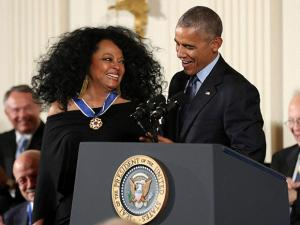 Barack Obama presents the Presidential Medal of Freedom to Diana Ross