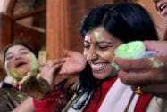 BJP MPs Priyanka Rawat and Rani Bala celebrate holi