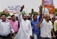 BJP leader Ramesh Bidhuri protest against AAP government