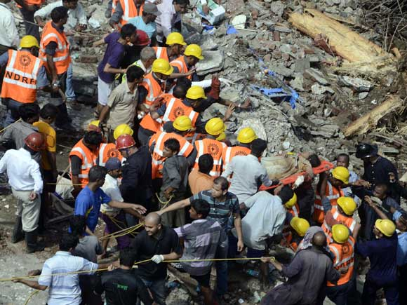 Building collapse, rescue workers, Dockyard road