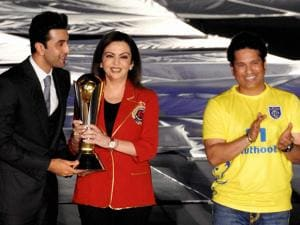 Mumbai City FC co-owner, Ranbir Kapoor, Nita Ambani, Founder and Kerala Blasters FC co-owner Sachin Tendulkar