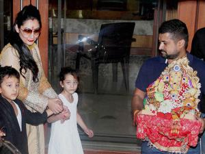 Sanjay Dutt's wife Manyata Dutt and her children participate in the immersion  procession of Lord Ganesh