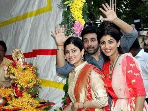 Shilpa Shetty with husband Raj Kundra and Shamita Shetty
