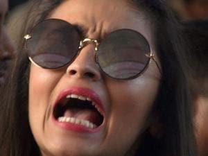 Alia Bhatt arrives for the Justin Biebers concert