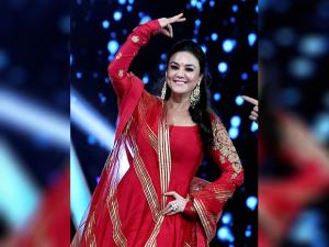 Preity Zinta performs at the 'Umang Mumbai Police Show 2017' in Mumbai