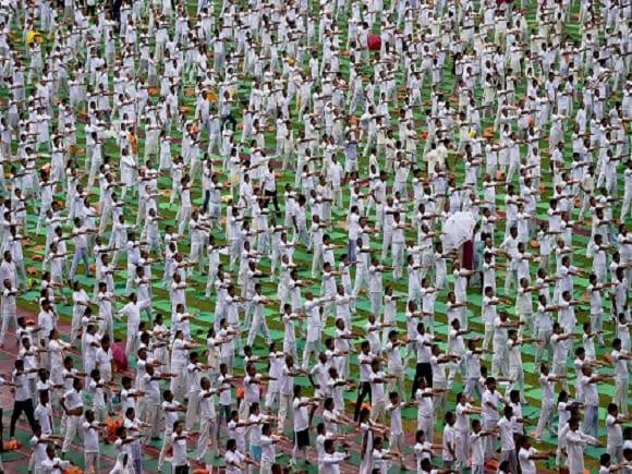 Yoga Day, Yoga, Modi, BJP, Sri Sri Ravishankar, Sushma Swaraj