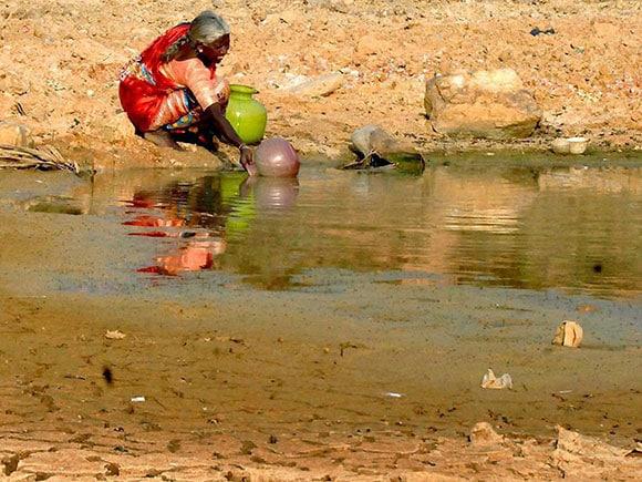 Drought, Drought India, Drought Areas, Drought Areas in India, Drought Areas in Maharashtra, drought area in maharashtra 2016, drought areas in india 2016, Drought Affected Farmers, drought affected states, drought affected districts in maharashtra, Marathwada, Karanataka Drought, South India Drought