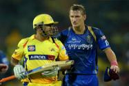 Chennai Super Kings' Skipper MS Dhoni and Rajasthan Royal' Chris Morris