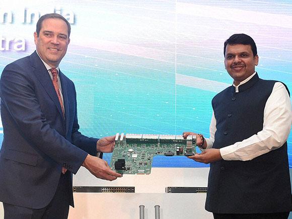 Make in India, Cisco, Digital India, Cisco Systems, Devendra Fadnavis, Chuck Robbins
