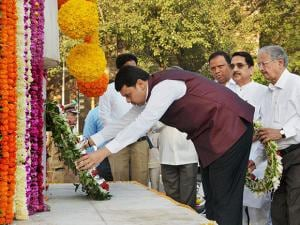 Chief Minister Devendra Fadnvis pays tribute at Hutatma Smarak in Mumbai