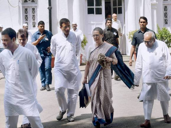 Congress, Sonia Gandhi, Rahul Gandhi, CWC meeting
