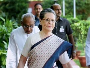 Congress President Sonia Gandhi arrives for CWC meeting