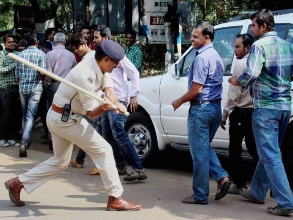 Kusum mehdele, Madhya Pradesh, protest