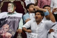 Congress workers protest against NDA government over Vyapam