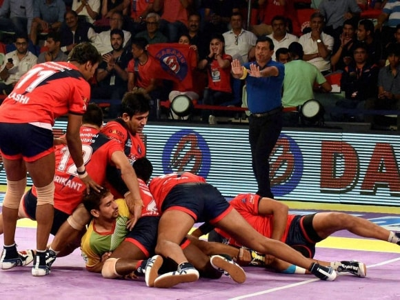 Dabang Delhi, Patna Pirates, Pro Kabaddi League, Pro Kabaddi, Kabaddi, Kabaddi League, Sports Pro Kabaddi, Sports News