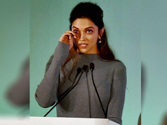 Dobara Poocho, Deepika Padukone, mental health