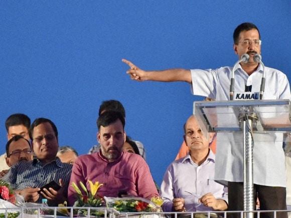 Delhi Chief Minister, Arvind Kejriwal, MCD Worker, Manish Sisodia, Ramlila Maidan, Safai Karamchari, Ravindra Gupta, Subhash Arya, Harsh Malhotra, New Delhi