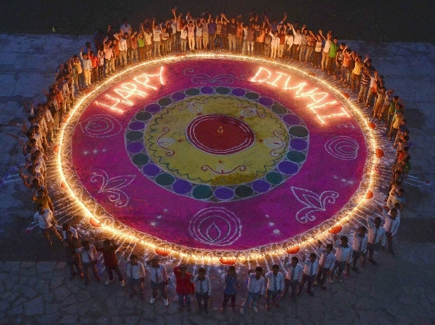 Diwali, lights, crackers, festival, Deepawali, Lakshmi, Kali Puja, Vishnu, puja, prayer, lights, gifts