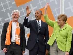 German Chancellor Angela Merkel with former US President Barack Obama