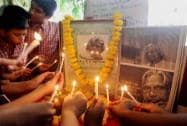 Students paying tribute to Former President APJ Abdul Kalam