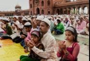 Muslims offering prayers on the occasion of 'Eid-Ul-Fitr' at Jama Masjid