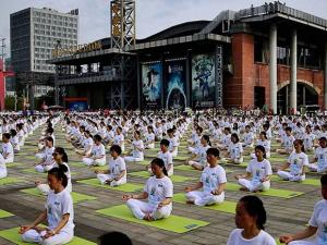People practicing Yoga during International Day of Yoga in China 02