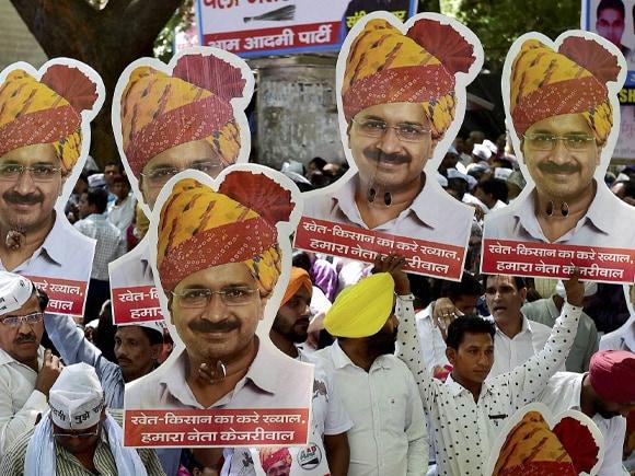 AAP, Gajendra Singh,  Arvind Kejriwal, Kejriwal, Farmer, Narendra Modi, Land Acquisition Bill, Rahul Gandhi, Jantar Mantar
