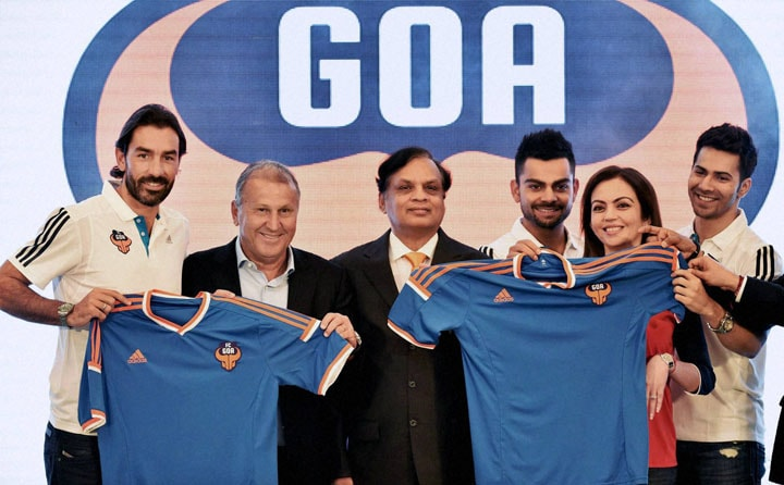 FC Goa, coach, Zico, marquee, player, Robert Pires, Neeta Ambani, founding chairperson, Football Sports Development, cricketer and co-owner, FC Goa, Virat Kohali, actor, Varun Dhawan, owner, team, Venugopal Dhoot, unveiling, team, t-shirt, Mumbai