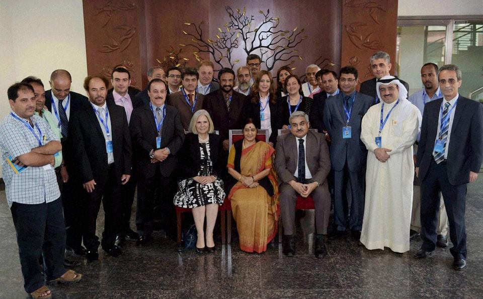 External Affairs Minister, Sushma Swaraj, poses, delegates, group photographs, First India-League, Arab States, Media, symposium