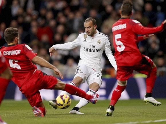 Spanish La Liga, Santiago Bernabeu, Real Madrid, Sevilla