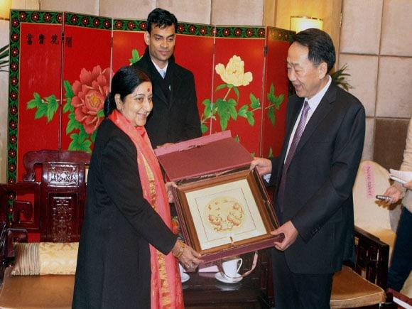 Foreign minister of India, Sushma Swaraj, Chinese President,  Xi Jinping,  Chinese Foreign Minister,  Wang Yi, Foreign secretary,  S Jaishankar, Make in India, Jiang Jiangao