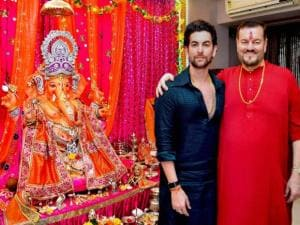 Bollywood actor Neil Nitin Mukesh with his father  singer Nitin Mukesh