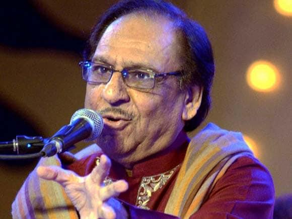 Ghulam Ali, Ghazhal maestro, Lucknow Mahotsava, Pakistani ghazal singer, Performance, Uttar Pradesh singing event