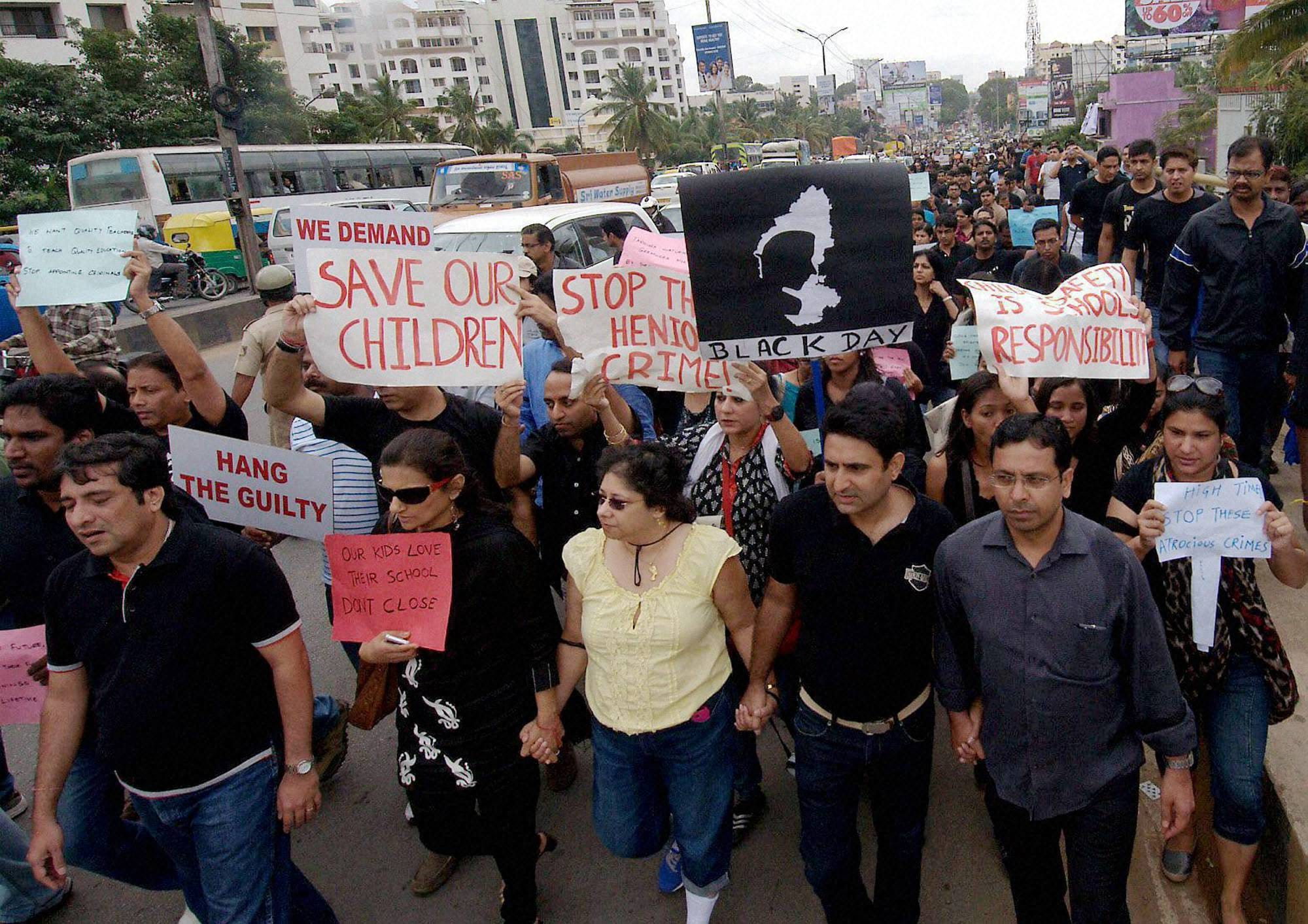 Guradians, school students, take part, protest, rally, against, rape, 6-year old, school girl, Bengaluru