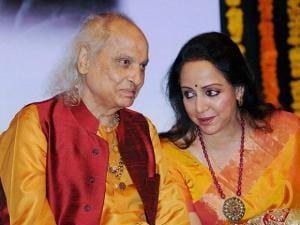 Pandit Jasraj with Hema Malini