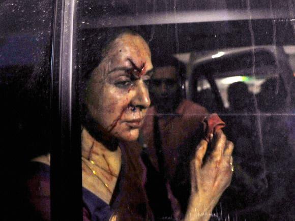 Hema Malini, Rajasthan, BJP, Car Accident, Car, Mathura, Jaipur, Road Accident, Dausa, Dharmendra, Sunny Deol, Bobby Deol, Esha Deol