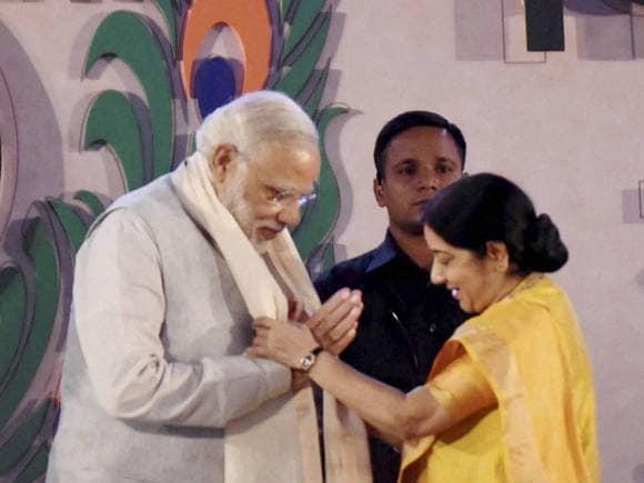 Narendra Modi, Sushma Swaraj, Modi govt, 10th World Hindi Conference, Vishwa Hindi Sammelan, World Hindi Summit, Lal Parade Ground, Bhopal