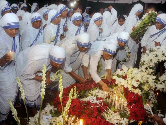 Nirmala, Mother Teresa, Church, Mamata Banerjee, Narendra Modi, Kolkata, St Johns Church, Mother House, Padma Vibhushan, Ranchi, Catholic Religious, Nobel laureate Mother Teresa