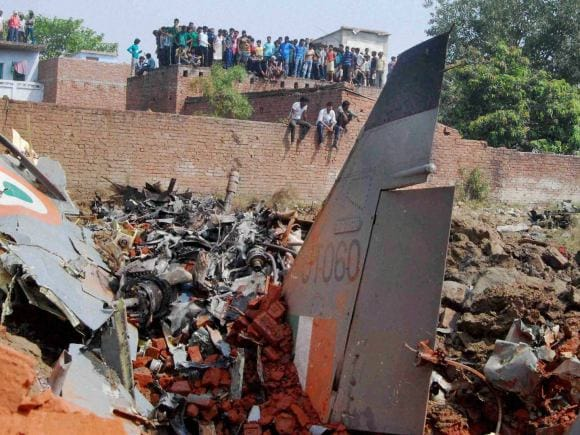 Indian Air Force, IAF, Jaguar Fighter, Aircraft Crash, Pilots, Allahabad, Chaka Village, Incident, New Delhi
