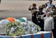 Pranab Mukherjee paying his last respect to APJ Abdul Kalam