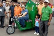 """Bollywood Actor Aamir Khan during the inauguration of the """"Waste collection project"""""""