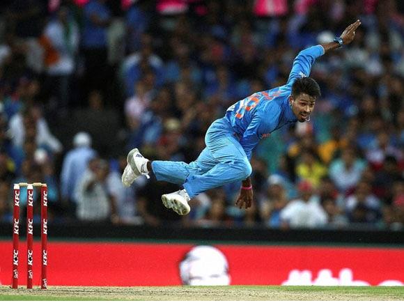 Hardik Pandya, Ind vs Aus, T20, India, Australia, Whitewash, Sport, Run-chase, Sydney