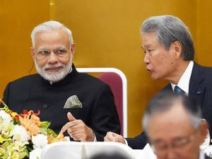 Prime Minister Narendra Modi with the chairman of Keidanren,