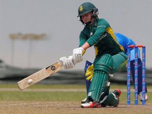 South Africa's Dane van Niekerk plays a shot